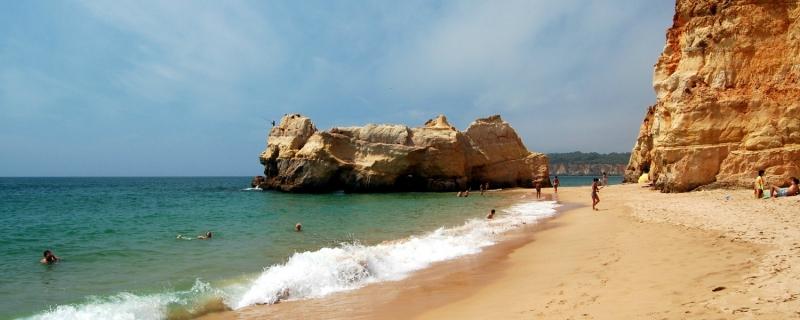 Praia_da_Rocha algarve.jpg