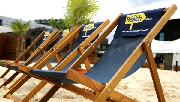 Deckchairs_brightened_main_1200x680_v3.jpg