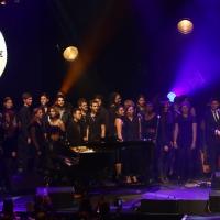 Jamie Cullum with Rob Brydon and Roundhouse Choir web.jpg