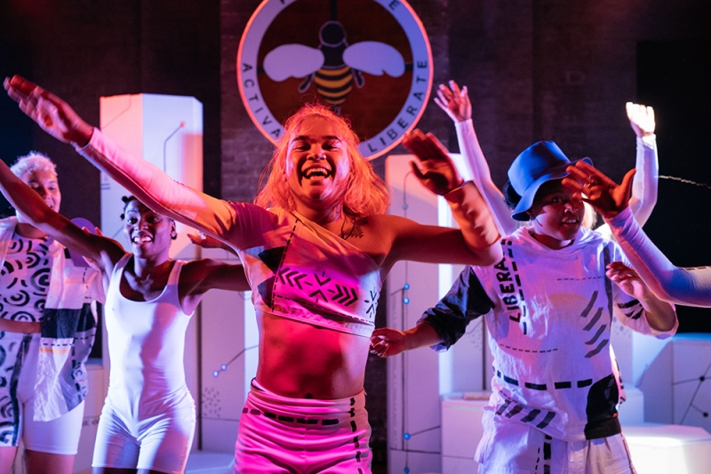 Hive City Legacy_Production_Roundhouse_Helen Murray -92.jpg