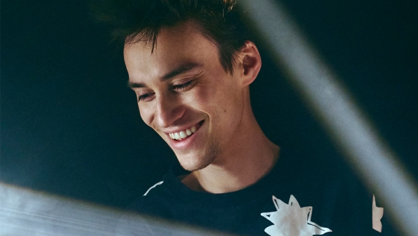 Jacob Collier_1200x680.jpg