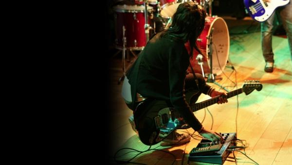 Roundhouse Band Slam 2003