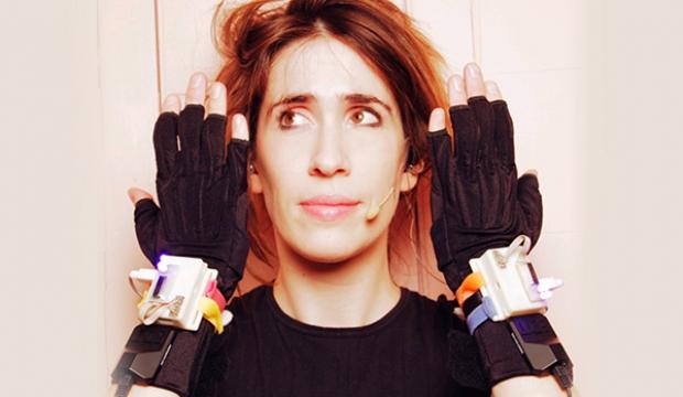Gloves-workshop-600x430.jpg